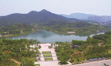 無人機航拍:家門口的湖太美了