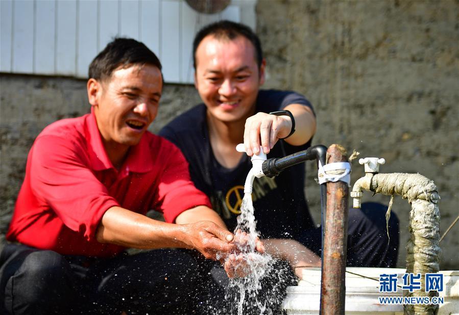(新华全媒头条·图文互动)(1)奔向新的幸福——陕西贫困县全部摘帽的N个截面